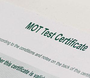 Titan Hull Garage News And Advice - Do I Need To Keep My MOT Certificate?